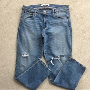Gap Destroyed Real Straight Relaxed Jeans 32R